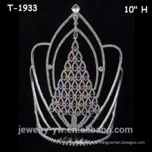 Grande, colorido, Cristal, Natal, pageant, árvore, coroas
