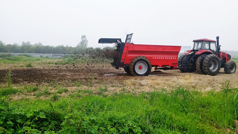 manure spreader for sale
