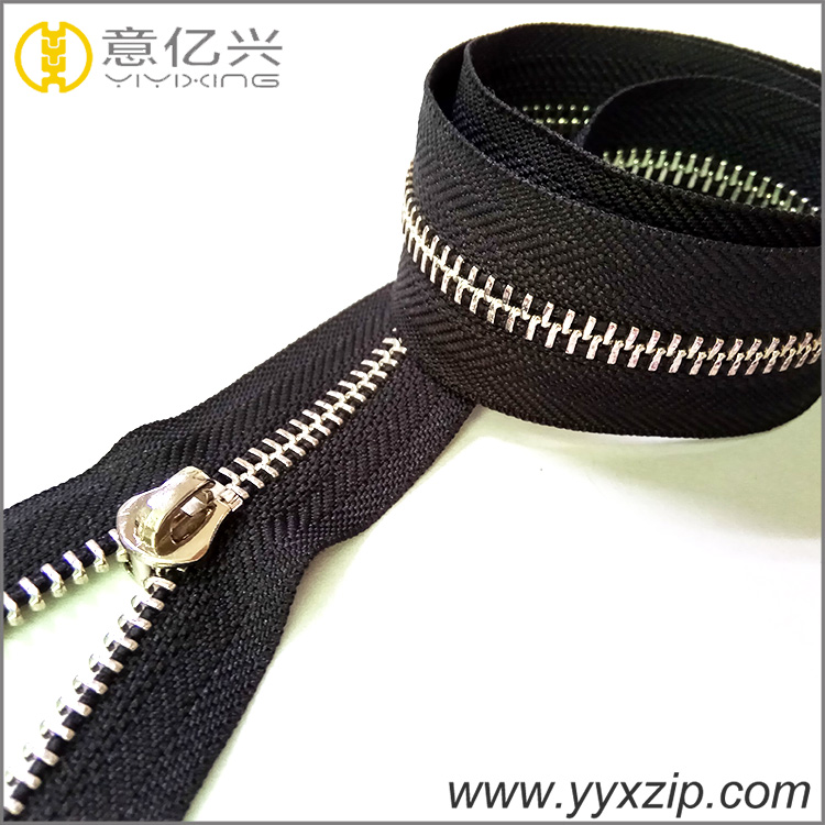Customized Color Metal Zippers
