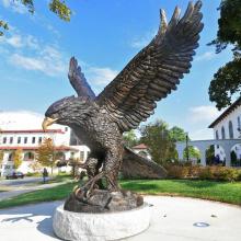 grandes esculturas ao ar livre metal artesanato bronze grande águia escultura
