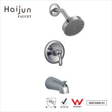 Haijun New Arrival Bathroom em torneira de chuveiro termostática cromada