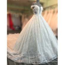 Sexy fora do ombro mulheres champanhe rendas vestido de noiva 2017