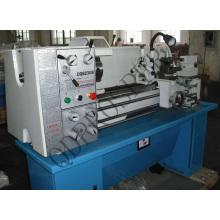 Máquina de torno de velocidad variable CE
