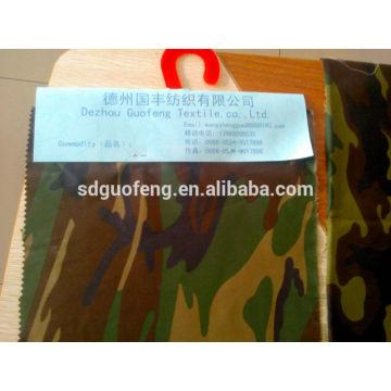 T / C sergé tissé 65/35 20 * 20 108 * 58 58 '' / 60 '' armée camouflage tissu imprimé tissu