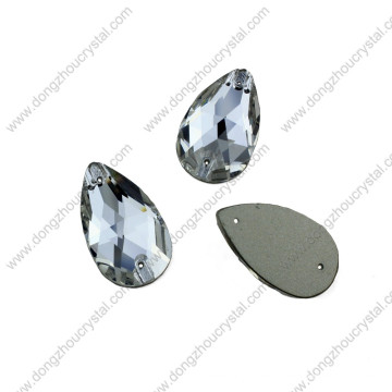 China Wholesale High Refraction Lead Free Machine Cut Decorative Flat-Back Loose Glass Beads with Hole for Dresses