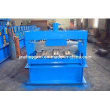 Rollformmaschine für Deckplatten