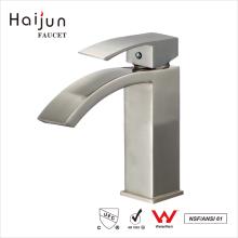 Haijun China Fornecedor Brass Body Deck Mounted Bathroom Basin Waterfall Faucet