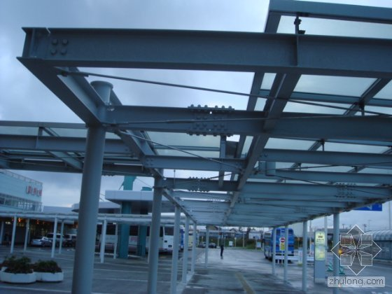 Pre-engineered steel structure construction
