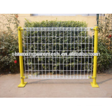 Garantia de comércio revestido fronteira jardim cerca / arame metálico prendedores de malha / pós cercas para jardins