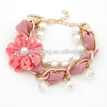 2014 Nouveau design magnifique en culture d'eau douce Bracelet perle mignon pour les tissus de fleurs artisanales à la main