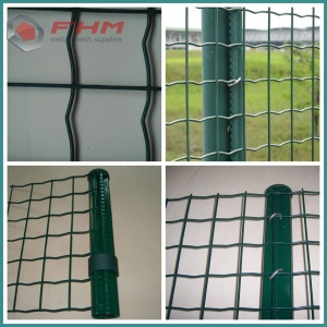 PVC Coating Euro Fence Panel dengan Post