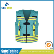 Proof retardant vest met reflecterende band
