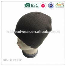 Bonnet en tricot à nervures douces avec doublure en molleton