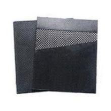 Feuille de graphite renforcée de maille métallique