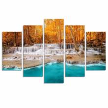 Cachoeira Dreamlike na floresta Impressão das canvas / pintura da parede da selva do outono / pintura da lona da paisagem natural