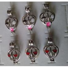 Venta al por mayor Love Pearl Facial Makeup Cage Pendant