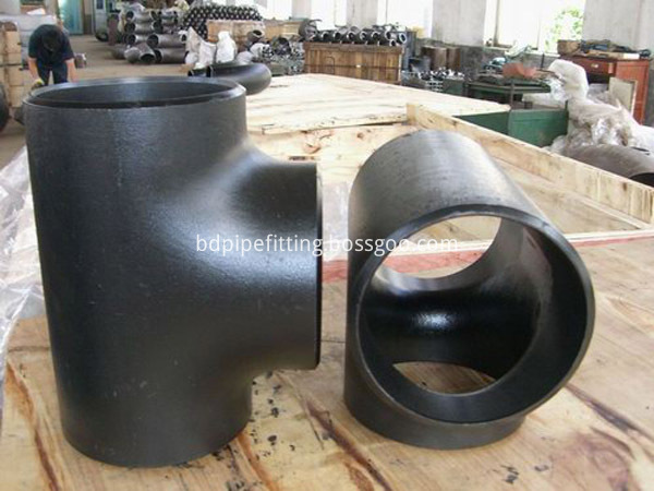 Alloy pipe fitting (57)