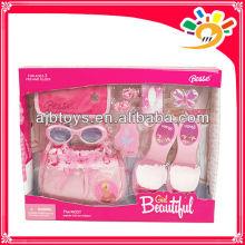 Juguetes de la decoración de la muchacha, belleza de la manera fija los juguetes, bolso de los zapatos del juguete y vidrios