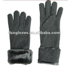 Серые мужские перчатки для зимы