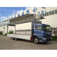 Asas abertas caminhão de carga