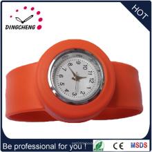 Espejo de zafiro 2015, reloj de cuarzo Slap de alta calidad (DC-936)