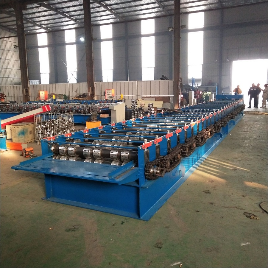 Roof Deck Tile Making Machine