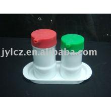 Керамические масла и уксуса бутылки набор с блюдо и силиконовый чехол