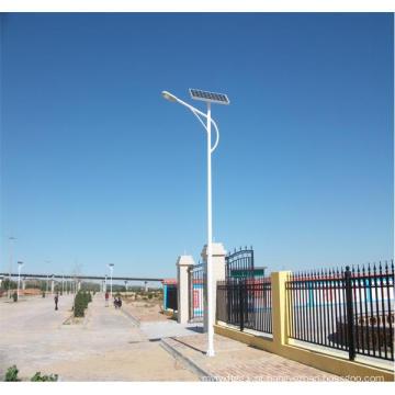 Luz de rua solar do diodo emissor de luz de 10m 100W com bateria de lítio