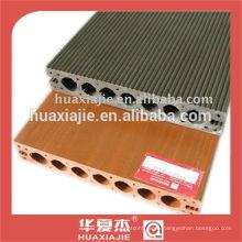 interlocking plastic floor wood look
