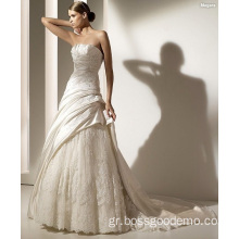 A-line Strapless Cathedral Train Satin Lace Beading Appliques Γαμήλιο φόρεμα
