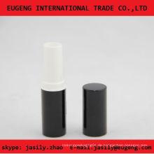 Glänzende schwarze klassische runde Lippenbalsamröhre