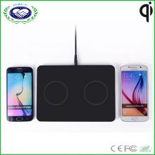Zwei Spulen Qi Wireless Ladegerät für 2 Phone Charging One Time