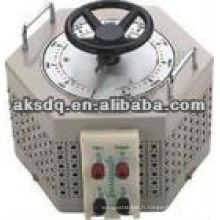 TDGC2-2KVA Régulateur de tension variable monophasé