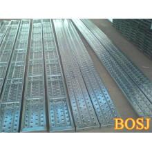 Plateau d'échafaudage en métal durable utilisé pour la construction