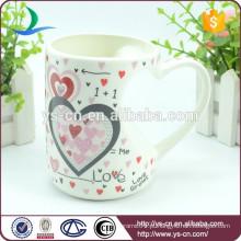 Hot Venda Atacado Novelty Ceramic Mug Com Amor Design Na China