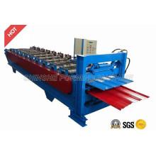 Máquina para fabricar láminas para techos con revestimiento de color