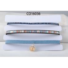 Três linhas de Multi cor PU & camurça tecido gargantilha colar