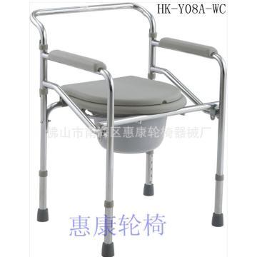 Домашние пожилые пациенты с креслом Commode