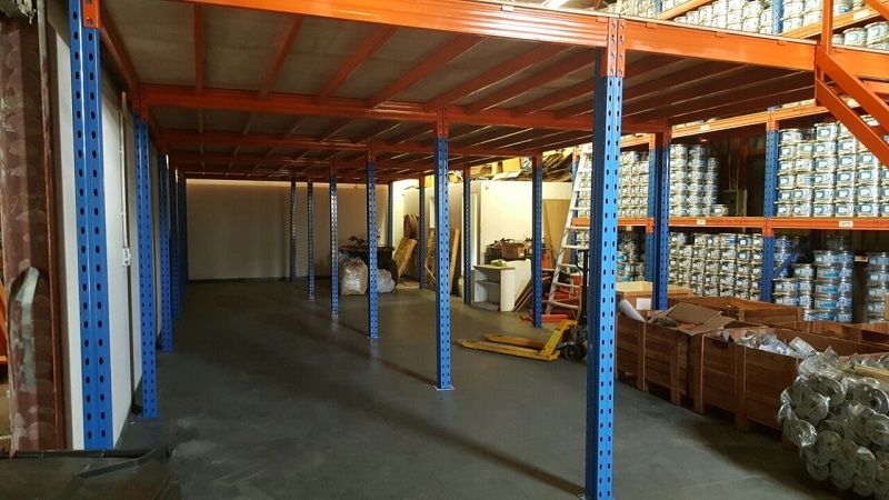 Mezzanine Floor System for Light Items