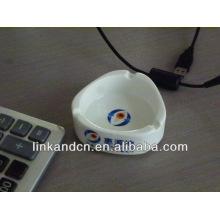 Haonai 2014 white triangular print ceramic ashtray for sale
