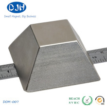 Permanent Sintered Rare Earth Magnet Pyramid Shape