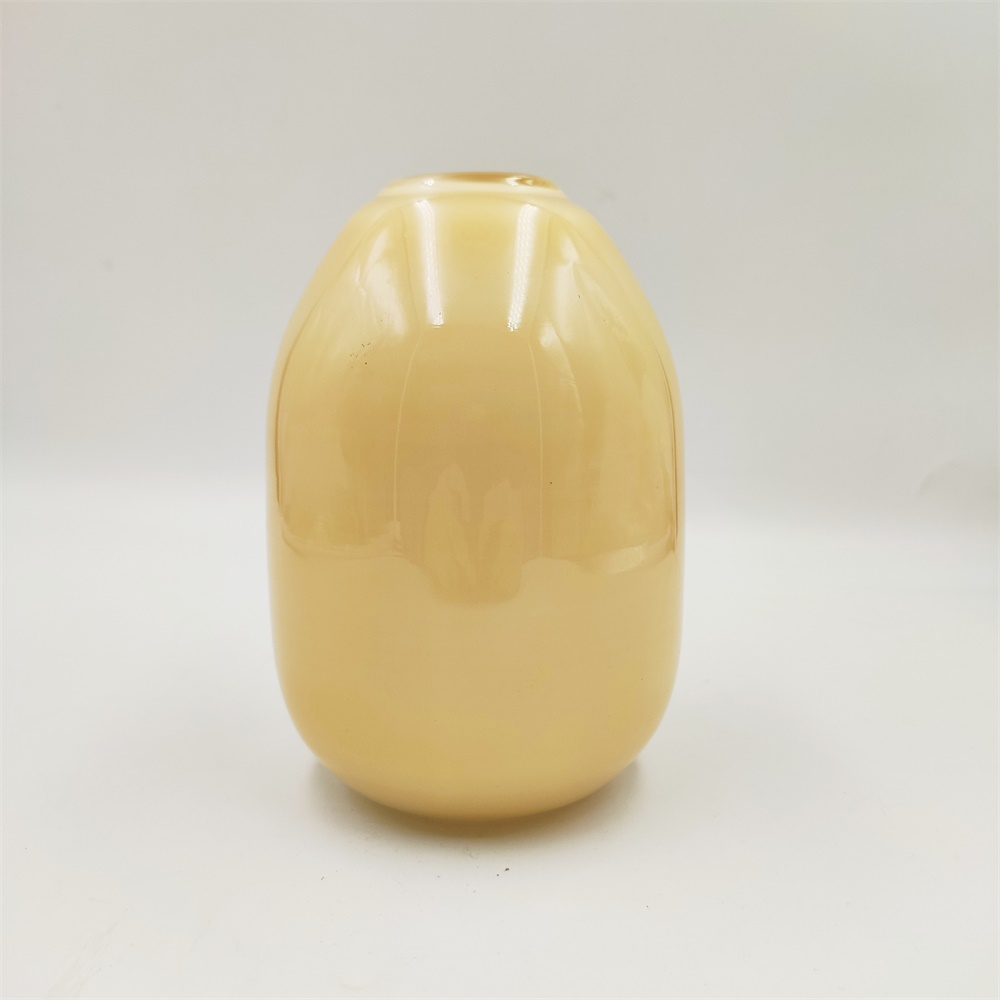 Sirl Glass Tabletop Glass Vase Of Yellow 2