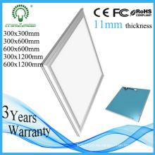 Garantía larga Nueva luz del panel del techo LED del diseño 300 * 300m m 19W