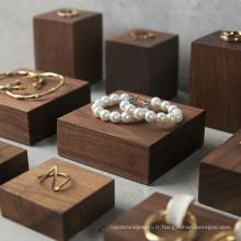 Ensembles de présentoirs d'anneaux en bois personnalisés de luxe