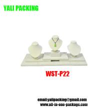 Fabricant d'affichage en bois recouvert de PU beige haut de gamme (WST-P22)
