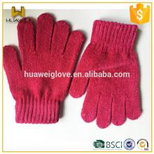 Nouveaux gants tricotés acryliques élastiques colorés de base pour enfants et adultes