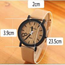 Yxl-463 kundenspezifische OEM-Uhr-neue Entwurfs-modische Weinlese-echtes Leder-Armband-Uhr-beiläufige Dame-Quarz-Uhr