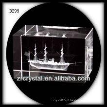K9 3D veleiro subsuperfície a laser dentro do bloco de cristal