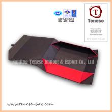 Boîte cadeau en carton en papier pliable délicat