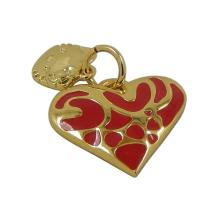Corazón de oro de moda con encantos de gato gatito
